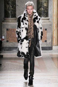 Le défilé Roberto Cavalli automne-hiver 2015-2016