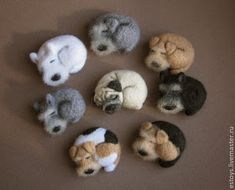 Tina's handicraft : how to make creations Felt Needle Felted Animals, Felt Animals, Needle Felting Tutorials, Felt Dogs, Sleeping Dogs, Wet Felting, Felt Art, Felt Crafts, Handicraft