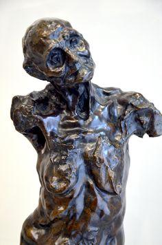 Torse de Clotho chauve, vers 1893 par Camille CLAUDEL (1864-1943). Bronze, fonte Valsuani 3/8 après 1990. Musée Camille Claudel à Nogent-sur-Seine. Photo : Hervé Leyrit ©