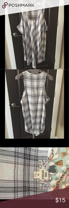Pink Republic Juniors Plaid Top Pink Republic black & white plaid top. This is a XL in Juniors. It is sleeveless tunic style and hits right about middle of thigh. 100% rayon. Great condition!! Pink Republic Tops