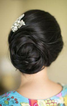 Wedding hairstyle idea via Joanna Tano Photography