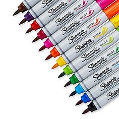 Sharpie® Permanent Marker, Brush Tip, Assorted Colors, that's awesome! i had no idea sharpie made brush tips! Arte Sharpie, Sharpie Crafts, Diy Crafts, Sharpies, Sharpie Markers, Sharpie Permanent Marker, Copic Markers, Brush Tip Markers, Brush Pen