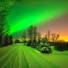 Beautiful Sky, Beautiful World, Beautiful Places, Beautiful Pictures, Simply Beautiful, All Nature, Amazing Nature, Natur Wallpaper, Northen Lights