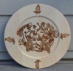 Wood plate charger, Pug mom gift, Pug wall hanging, Pug dog picture, Pyrography art, Living room wall hanging, Birthday gift for mom.
