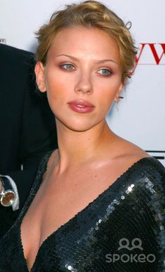 6th Annual Young Hollywood Awards at Avalon Hollywood, Hollywood, California 05/02/04 Photo by Clinton H. Wallace/Globe Photos Inc. 2004 Scarlett Johansson