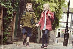 Color esencial de la temporada: Azul; pantalón corto y mallas #BambiniAllaModa www.gigiotopo.com