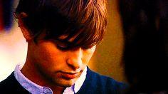 Aşk ve kıskançlık zorunlu bir kış tatilinde çarpışırsa, eğlence kana bulanabilir!  Rose, Dimitri'yi seviyor. Dimitri de belki Tasha'yı se...