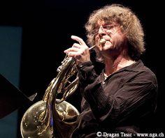 FRANSE HOORN - Arkady Shilkloper  (French horn, flugelhorn, alphorn, didgeridoo, Wagner tuba etc.)