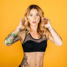 the Instagram accounts of these badass fit-as-hell CrossFit girls will have you running straight to the barbell.