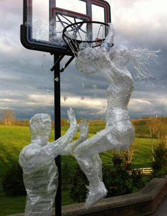 Love and Basketball Slam Dunk sculpture for Scotch(R) Off The Roll Tape Sculpture Contest - 2012 Sculpture Projects, Sculpture Art, Art Projects, Sculpture Ideas, Snow Sculptures, Tape Art, 3d Studio, Unusual Art, Parcs