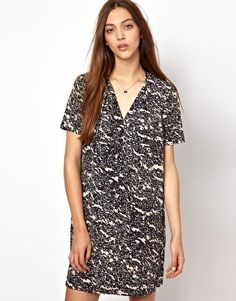Patterned Short-sleeved Black and White Silk Dress