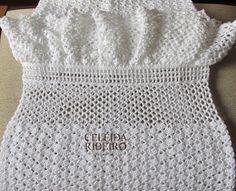 Vestido em crochê tecido com o fio Bella Fhasin. Lançamento da Pingouin Fio, muito bom!!!!! super recomendo. Peça criada por mim. Usei 3...