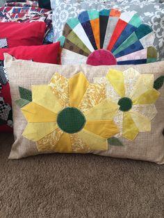 Easy envelope pillow cover. Decorative Pillow Covers, Envelope, Throw Pillows, Easy, Envelopes, Toss Pillows, Cushions, Decorative Pillows, Decor Pillows