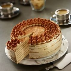 Pancake cake recipe tiramisu by Francine. Uncover our tiramisu pancake cake recipe, and all our different straightforward cooking recipes: pizza, Desserts With Biscuits, Ice Cream Desserts, Easy Desserts, Brownie Recipes, Cake Recipes, Pizza Recipes, Tiramisu Pancakes, Pancake Cake, Gula