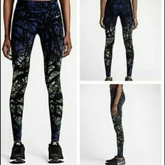 Nike Luxe Printed Running Tights Pants Legging XS New without tags. Never worn but washed once (accidentally threw them in thinking they were my size S with the tags on so obviously can't return them haha). No trades. Nike Pants Leggings