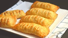 EASY APPLE TURNOVERS FROM SCRATCH | MerryBoosters Apple Desserts, Party Desserts, Apple Recipes, Dessert Recipes, Banana Recipes, Delicious Desserts, Apple Turnover Recipe, Turnover Recipes, Apple Pie