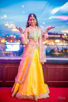 Mehandi - The Bride Ankita! Photos, Sikh Culture, Beige Color, Bridal Mehandi, Lehenga Shots pictures, images, vendor credits - Dipak Colour Lab Pvt Ltd, Sabyasachi Couture Pvt Ltd, WeddingPlz