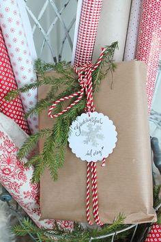 VIBEKE DESIGN.. Beautiful gift wrapping idea!!