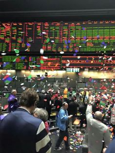 End of trade S&P 500 Futures Chicago Mercantile Exchange, Wall Street, Dinosaurs, Fathers, Floors, Ted, Alcohol, Management, Challenges