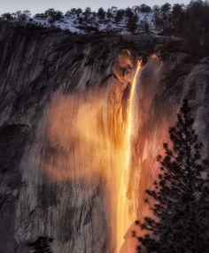 A combinação do clima com a posição do Sol tem efeito incrível no Parque Nacional de Yosemite, nos Estados Unidos                                                                                                                                                     Mais