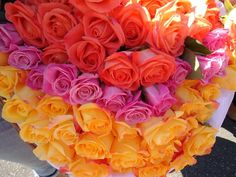 Bright and colorful roses from Lexington Floral in Shoreview, Minnesota.    #wedding #flowers