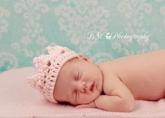 Crochet Baby Princess Crown - Photo Prop - made to order