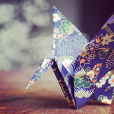 "DIY mobile origami  ""LEIKO"" sur ateliervirgile.tumblr.com"