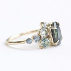 Mociun Custom – Sapphire Stone Cluster Ring