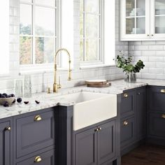 carousel image 0 Apron Front Kitchen Sink, Single Bowl Kitchen Sink, Kitchen Redo, Home Decor Kitchen, Kitchen Remodel, Farm Sink Kitchen, Blue Kitchen Ideas, Grey Kitchen Interior, Two Tone Cabinets