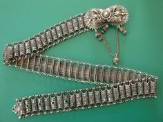 A silver filligree belt from Bulgaria. Shown by Peter Hoesli. Folk Costume, Costumes, Macedonia, Kaftan, Costume Jewelry, Sterling Silver Jewelry, Belts, Ethnic, Jewelery