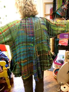 CENTERING WITH FIBER: Saori 5 day Saori weaving intensive from the redwoods to the sea….. spinning & weaving friends.