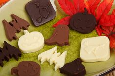 Healthy Halloween treats and sweets for those who are on a weight loss diet: http://mdweightlossandcosmetics.com/healthy-treats-perfect-halloween-party/ #weightloss #diets #Halloween