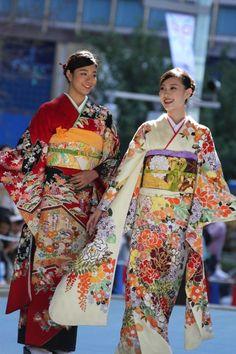 【画像 27/52】日本橋が着物ショーの舞台に「日本橋ランウェイ」新作50着を披露の拡大写真