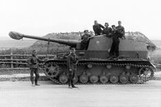 Tagged with history, world war military history, tank destroyer; Tank History The Sturer Emil and Dicker Max Army Vehicles, Armored Vehicles, Self Propelled Artillery, Panzer Iii, Tank Destroyer, Ww2 Photos, Armored Fighting Vehicle, Battle Tank, World Of Tanks