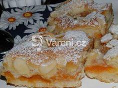 Báječný meruňkový koláč. Czech Recipes, Ethnic Recipes, Bread Recipes, Cooking Recipes, Pavlova, Sweet Desserts, Desert Recipes, French Toast, Food And Drink