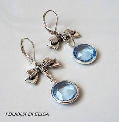 Orecchini con fiocco e cristallo sintetico  #earrings #jewels #jewel #bijoux #fiocco #bow #ribbon #azzurro #lightblue #orecchiniazzurri #lightblueearrings #love #romanticjewels #ibijouxdielisa