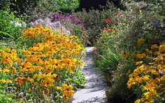 Great Dixter Gardens, Sussex, England (21 of 23) | A colourful and inspirational English garden | Flickr - Photo Sharing!