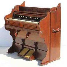 Weaver Organ and Piano Co York Organ  size: 1030 L x 580 W x 1150 H  @R3999  Call 0767064700