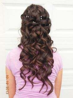 Homecoming hair with a lose braid