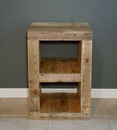 A true modern design in pallet furniture making