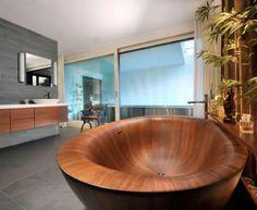 Laguna Pearl wooden bathtub by Alegna