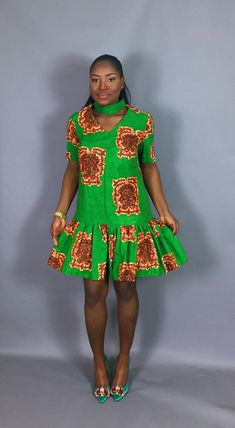 can be dressed down for a casual look or worn with heels and accessorised for an evening glam look. Lace Dress Styles, African Lace Dresses, African Outfits, African Clothes, African Attire, African Fashion Dresses, African Wear, Maxi Dresses, Casual Dresses