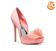 Ooooh, pretty pink heels!!!  Audrey Brooke Easton