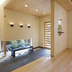 Japanese style entrance. #japan #japanese #entrance #floyer #idea #remodeling #mudroom