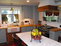 Painted Kitchen Cabinets Design Ideas, Pictures, Remodel, and Decor - page 10