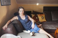 """""""Runkkaa mua, kun en itse pysty"""" – seksityöntekijä Tiia Forsströmin asiakkaana käyvät myös vammaiset - Voima"""