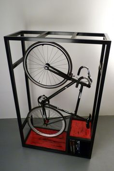 How to keep your bike inside your home in a practical way. c.a.p.