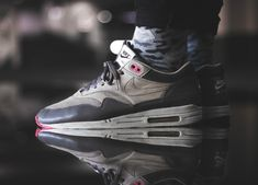 info for 6cae4 d099f Nike Air Max 1  LCD Pack  - Chino Flamingo Pink - 2007 (