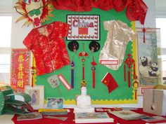 Chinese New Year Display School Displays, Classroom Displays, Classroom Decor, Nursery Activities, Preschool Activities, Chinese Culture, Chinese Art, Chineese New Year, China For Kids