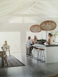 10 Inspiring Modern Kitchen Designs – My Life Spot Kitchen Living, Kitchen Decor, Küchen Design, House Design, Sweet Home, Kitchen Benches, Cuisines Design, Interior Design Kitchen, Home And Living